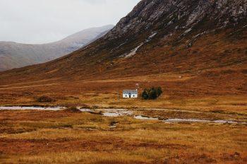England vs Scotland: a house or a hoose?